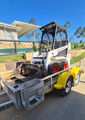 Skid steer/Bobcat S70 for hire near Jimboomba Woods Estate