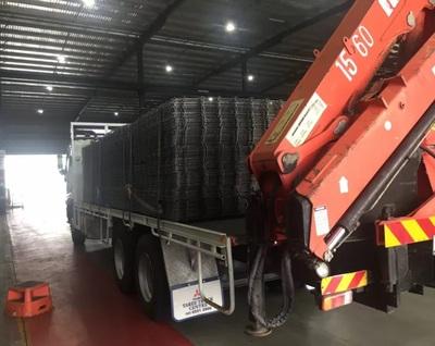 Hire 8T hiab/crane truck