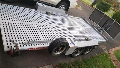 Tilta car trailer hire