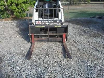2T Excavator & Tipper Truck combo wet Hire with operator near Bellmere, Rocksberg, Upper Caboolture, Morayfield, Moorina QLD