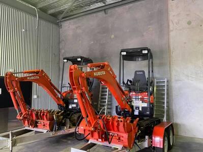 Hire 1.7t Mini Excavator in Trinity Beach and Edmonton