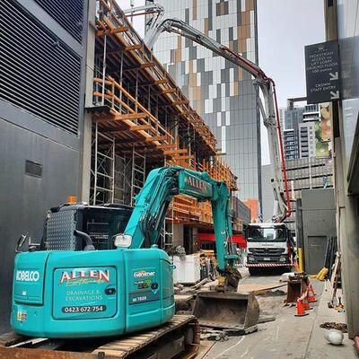 Hire 8T Kobelco Excavator
