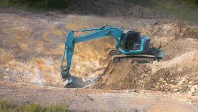 24T ton excavator for wet hire (with operator)  Currumbin Waters, Elanora, Currumbin Valley, Tugun