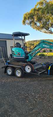 Hire Kobelco 2.2T Excavator With Trailer