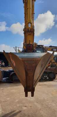 Hire 23T Zero Swing Excavator