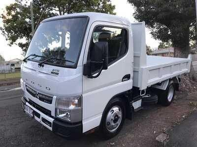 DINGO mini loader &  Tipper Truck combo HIRE- Toowoomba