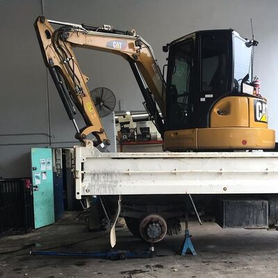 5t excavator with 8t tip truck combo for wet hire (with operator) -Palm Beach, Elanora, Currumbin Waters, Gold Coast area