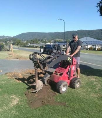 Sunshine Coast Dingo Hire - Beerburrum, Noosa, Landsborough, Caloundra, Kawana, Maroochydore