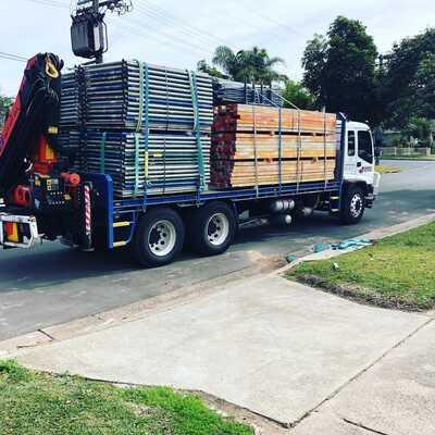 Hire 12 tonne 17 metre crane truck