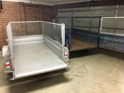 Hire 7x4 caged trailer