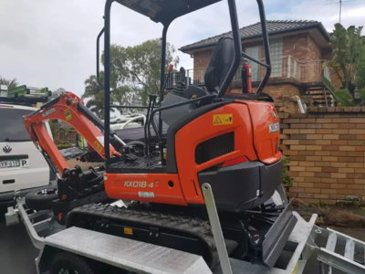 Hire Kubota 1.8 tonne excavator with trailer