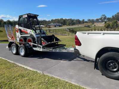 Hire Bobcat S70 Skid Steer with Spreader Bar