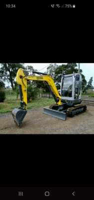 Hire 3.8T Excavator and Tipper