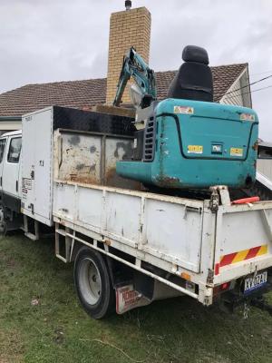Hire 1.7 Tonne Excavator