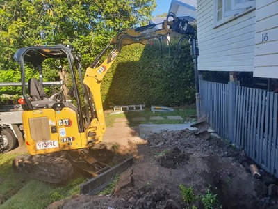 1.7T Tonne Excavator  for WET HIRE ONLY. -Springfield Lakes, Greenbank, Boronia Heights, Park Ridge, Forestdale
