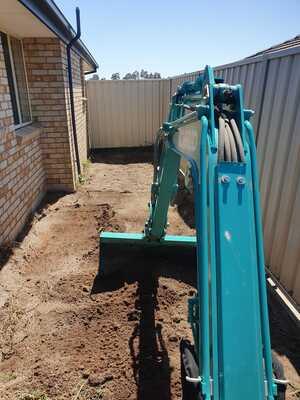 Hire Kobelco 1.7t excavator
