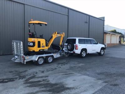 Hire 1.7 Ton Excavator on trailer