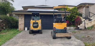 Posi-track plus tipper for wet hire only ( with Operator )- Currumbin Waters, Elanora, Currumbin Valley, Tugun  Snape Ct, Currumbin Waters QLD 4223, Australia