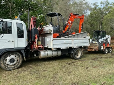 2.5T Bobcat for wet/dry hire